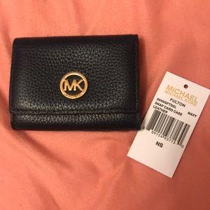 Michael kors snap card case